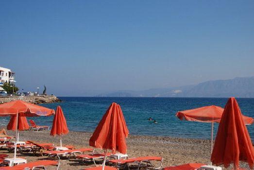 Пляж в г. Агиос Николаосе