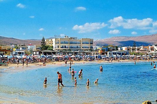 Один из самых популярных пляжей курорта Гувес – Астир