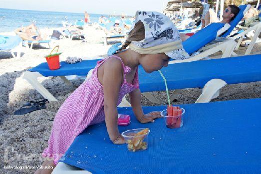 Пляж у отеля нравится как детям, так и взрослым