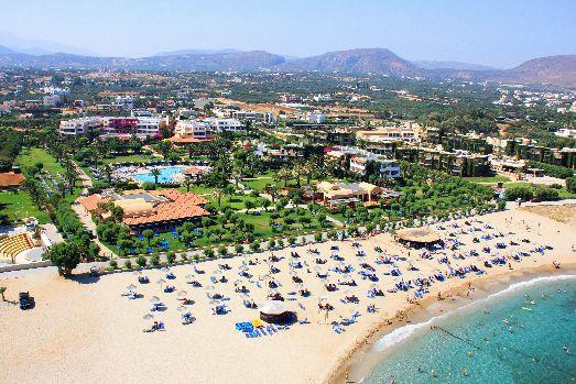 Отличный отель с прекрасным пляжем, удивительно вкусной кухней и, возможно, лучшей территорией в округе