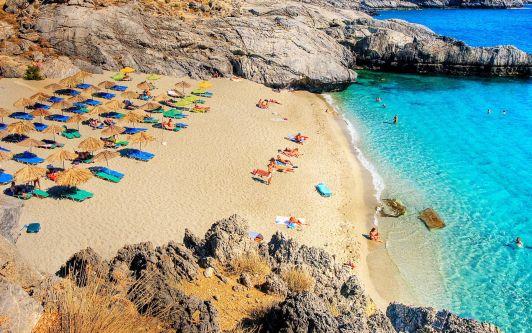 В Ретимно достаточно великолепных пляжей, а в пределах 30-40 километрах можно встретить и вовсе необыкновенные места, как пляж Amoudaki Damoni, что в 34 км от Ретимно