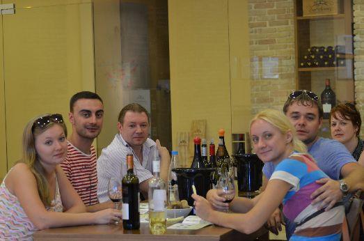 Возможно, лучший способ познакомится с Критскими винами - отправиться на винную дегустацию!
